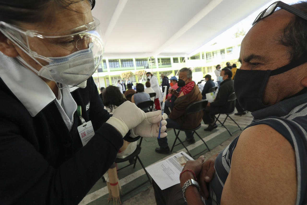 Aquí te decimos el orden de vacunación en Durango por colonias y horarios