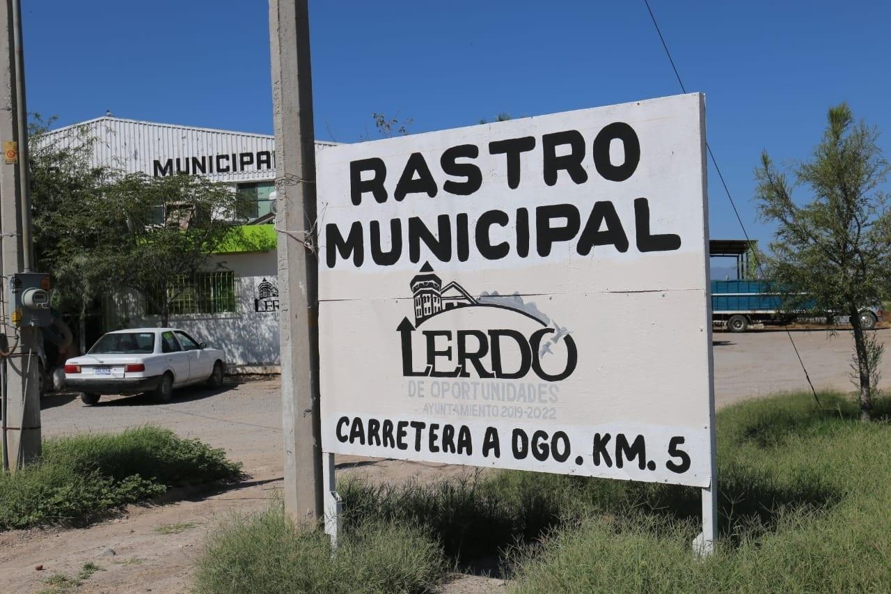 Atienden recomendaciones tras clausura del Rastro en Lerdo