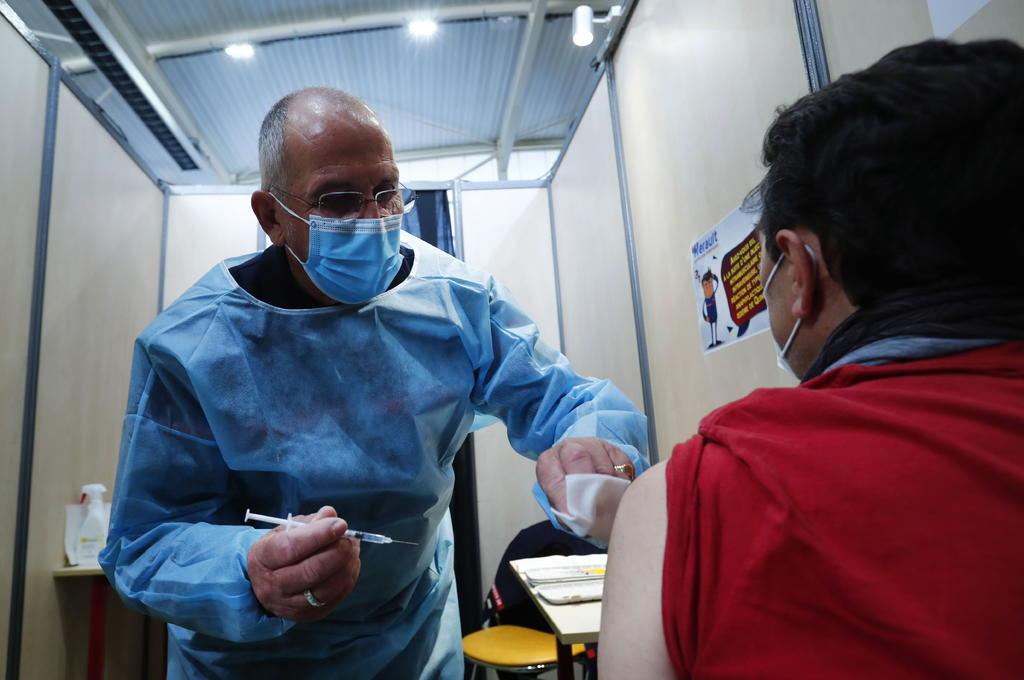 Francia ha puesto primera dosis de la vacuna a 10 millones de personas