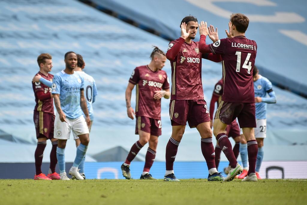 Leeds United vence sorpresivamente a Manchester City