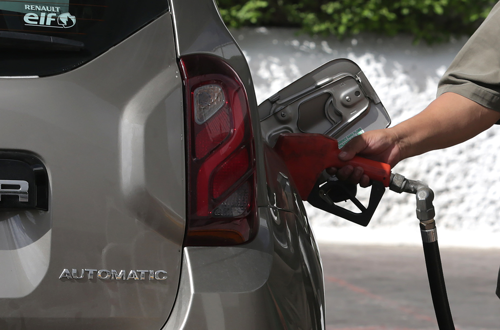 Devuelve Hacienda subsidio a gasolina Premium