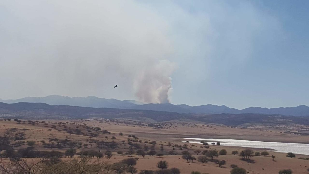 El fuego afecta a la Sierra de Matalotes
