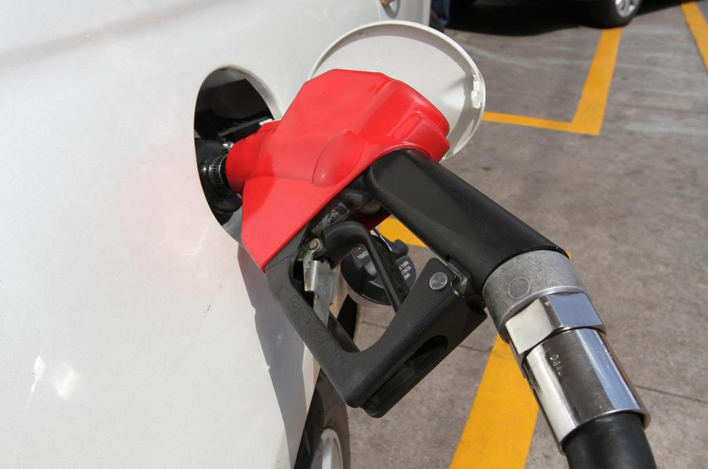 Hacienda deja nuevamente a gasolina Premium sin subsidio