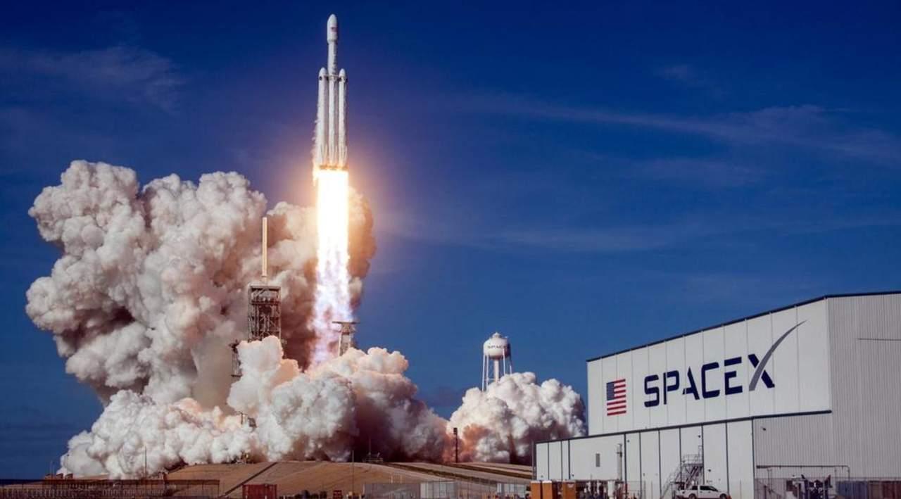 La NASA escoge a SpaceX de Musk para enviar astronautas a la Luna