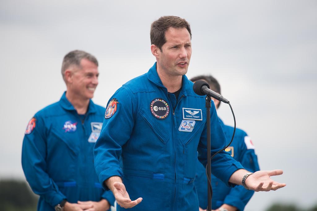 Sería una catástrofe llevar COVID al espacio: astronauta