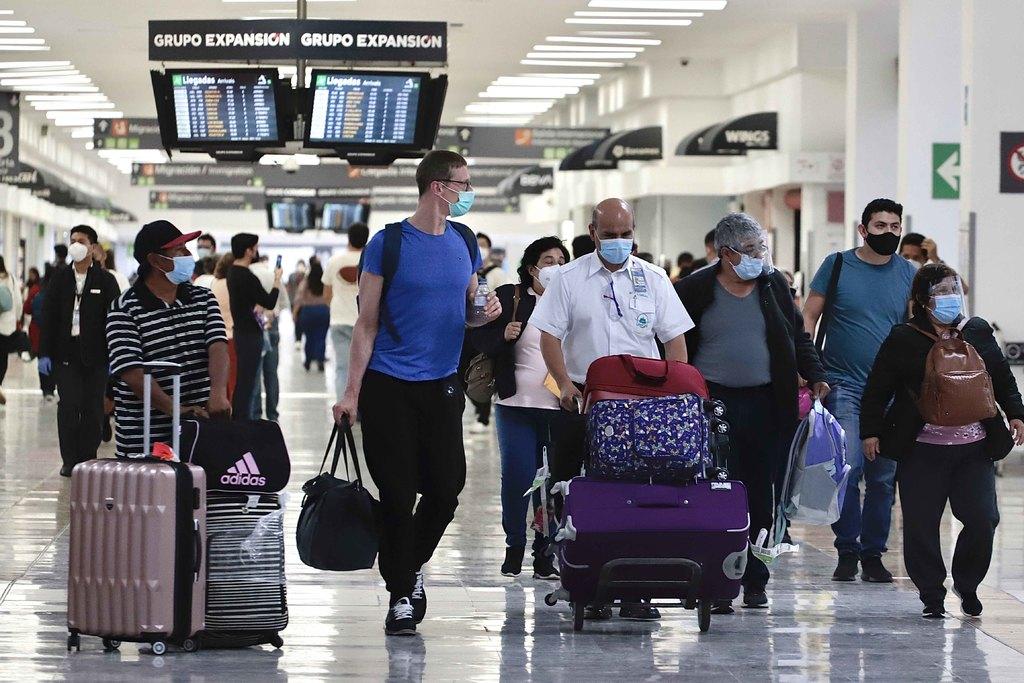 Lenta vacunación retrasa activación de vuelos en América Latina: ALTA