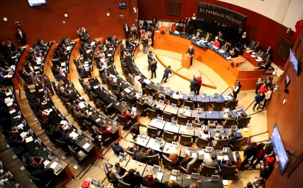 Senado aprueba en lo general la regulación de outsourcing