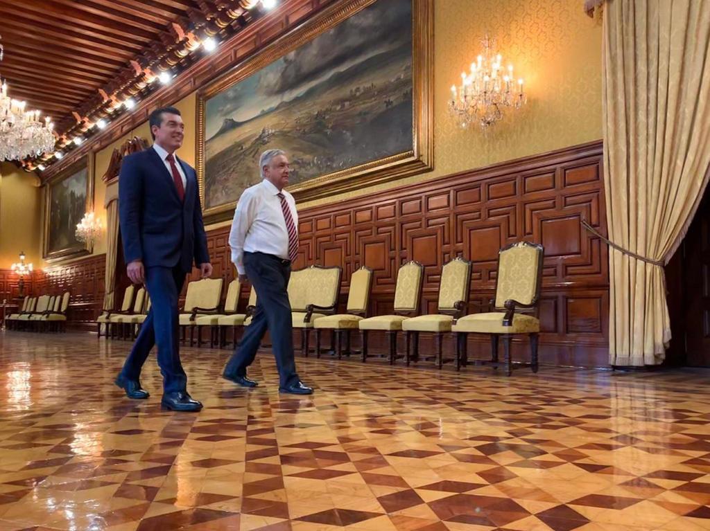 Se reúne López Obrador con gobernadores de frontera sur de México