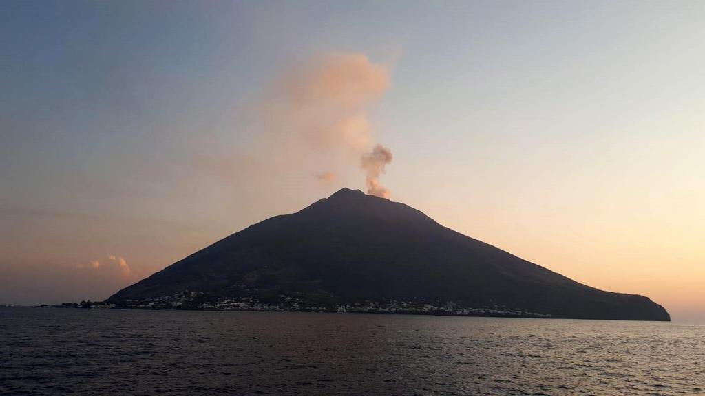 Usan IA para entender comportamiento de volcanes en Italia