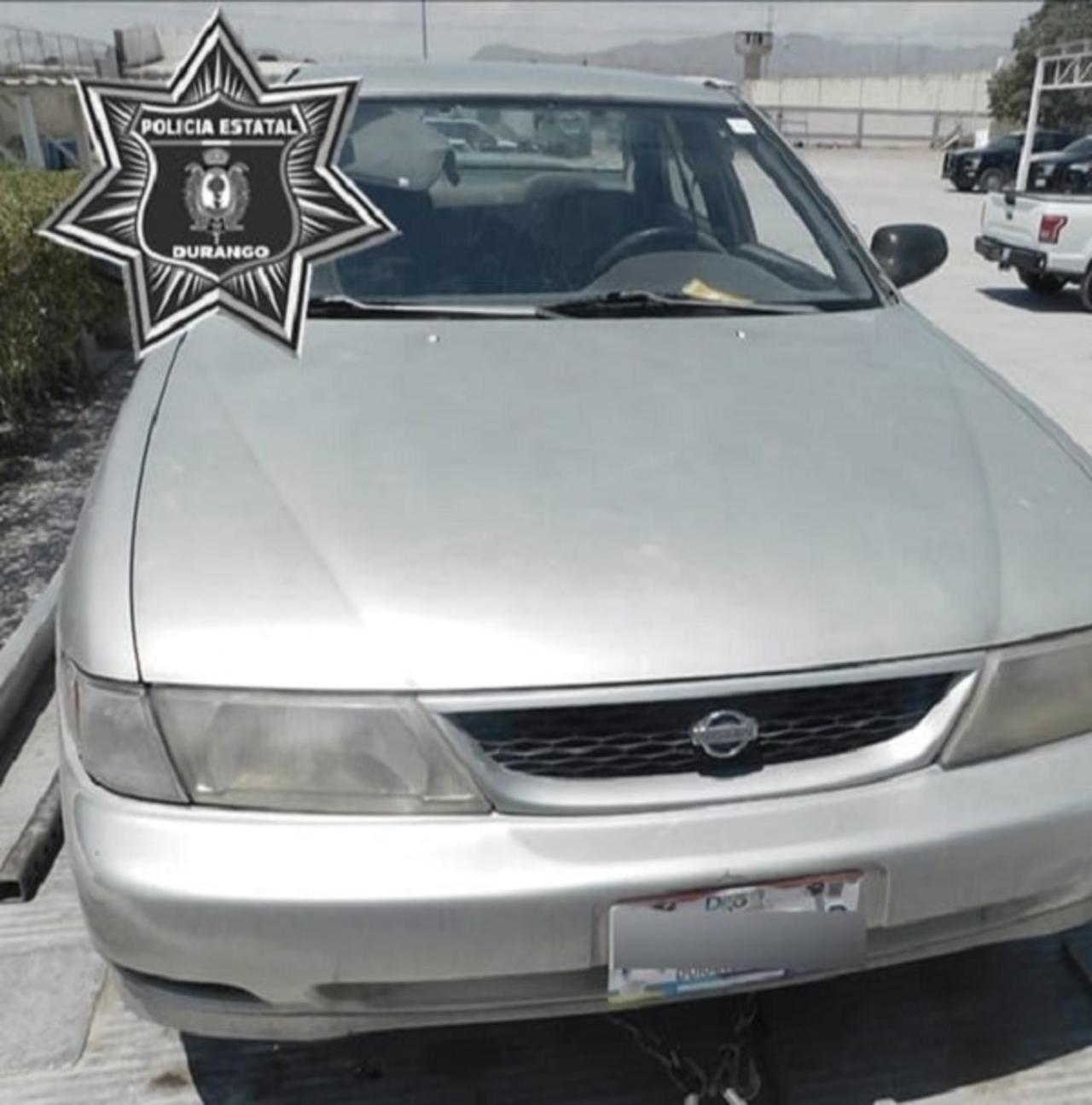 Aseguran en Gómez Palacio un vehículo con reporte de robo