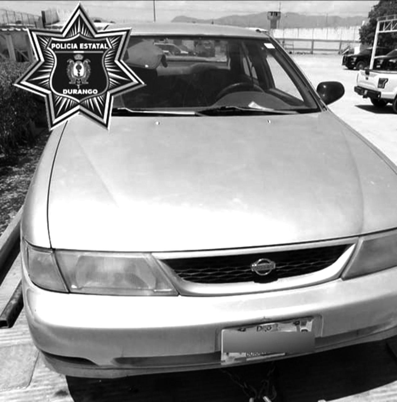 Recuperan auto robado en Gómez Palacio