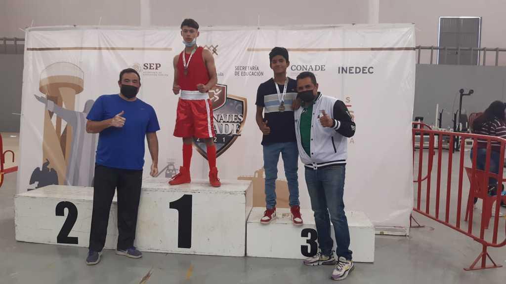 Derrota 'Veneno' Rubio al 'Mapimí' en boxeo