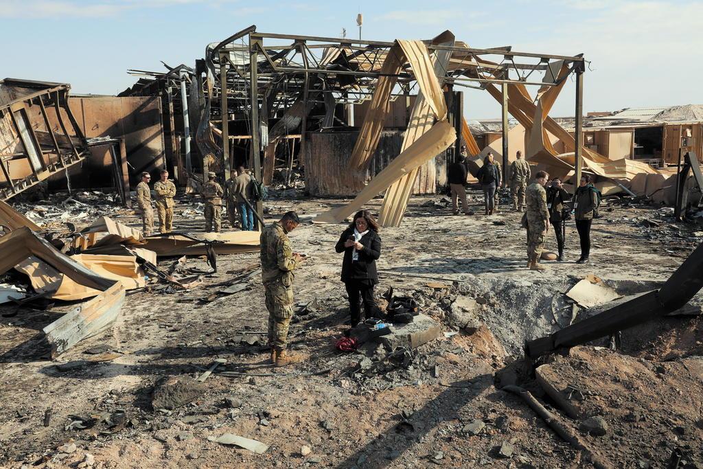 Impactan dos cohetes dentro de base militar con presencia de EUA en Irak