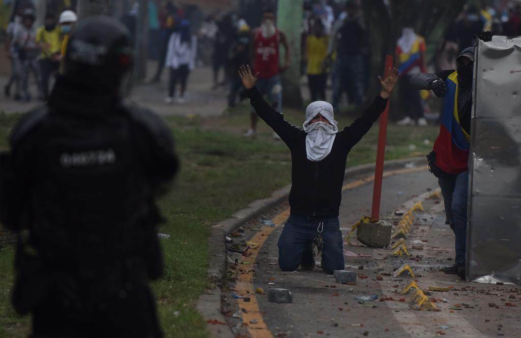 Denuncian desaparición de 87 personas durante protestas en Colombia