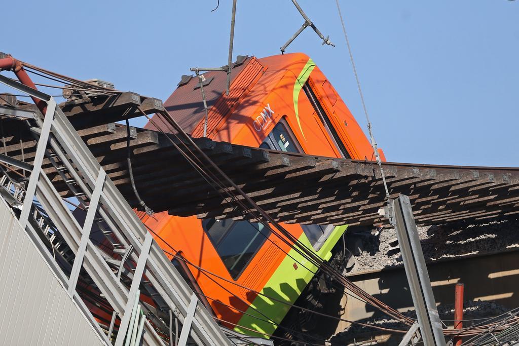 'El compromiso es que haya responsables', dice Sheinbaum tras colapso en Metro de CDMX