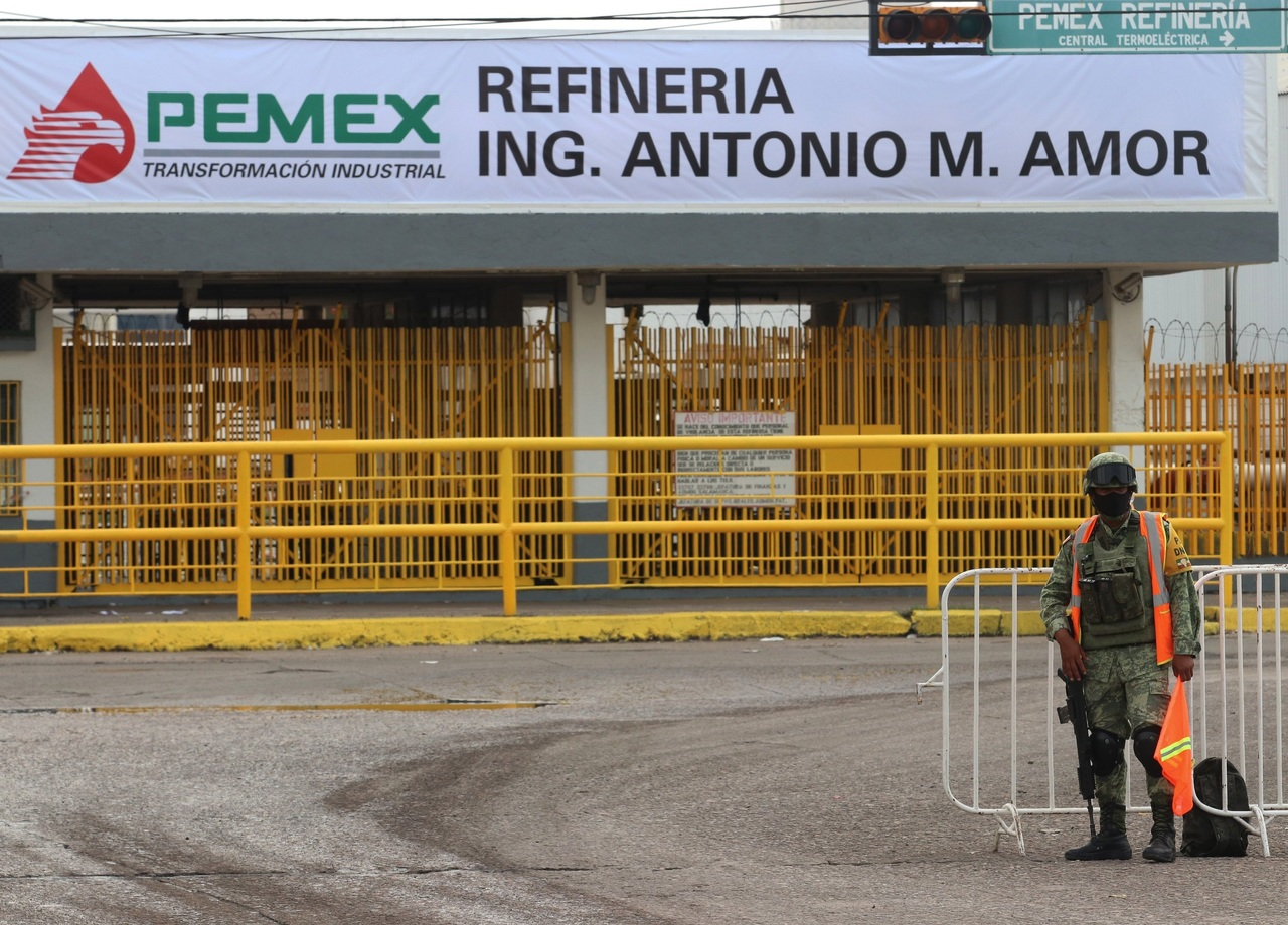 Necesarios, 4.5 mmdd para rescatar plantas de Pemex, asevera