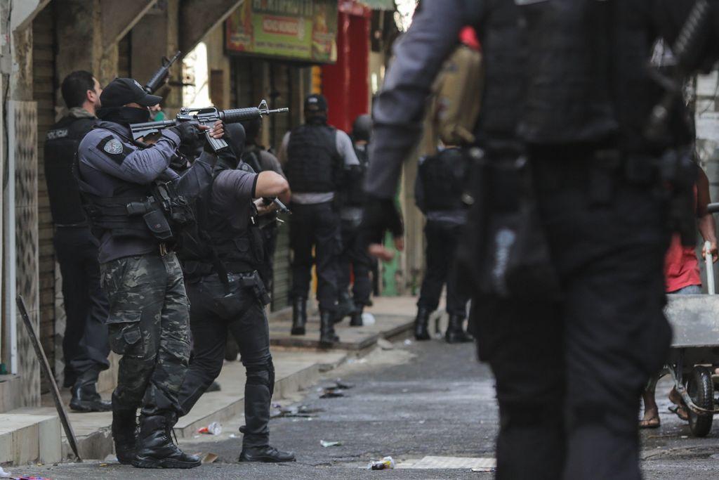 Operativo en favela termina en masacre