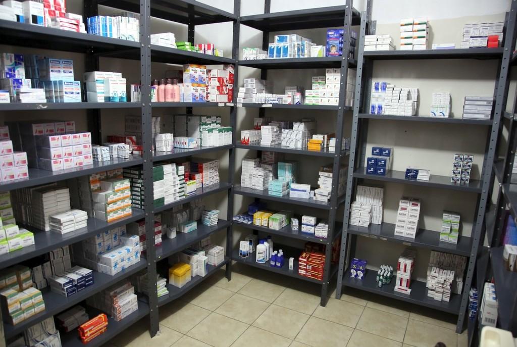 Dictan normativa para fabricar medicinas