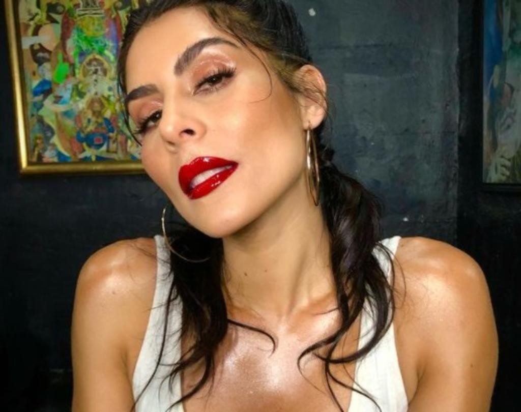 María León 'combate de depresión' con rutina de baile 'fitness'