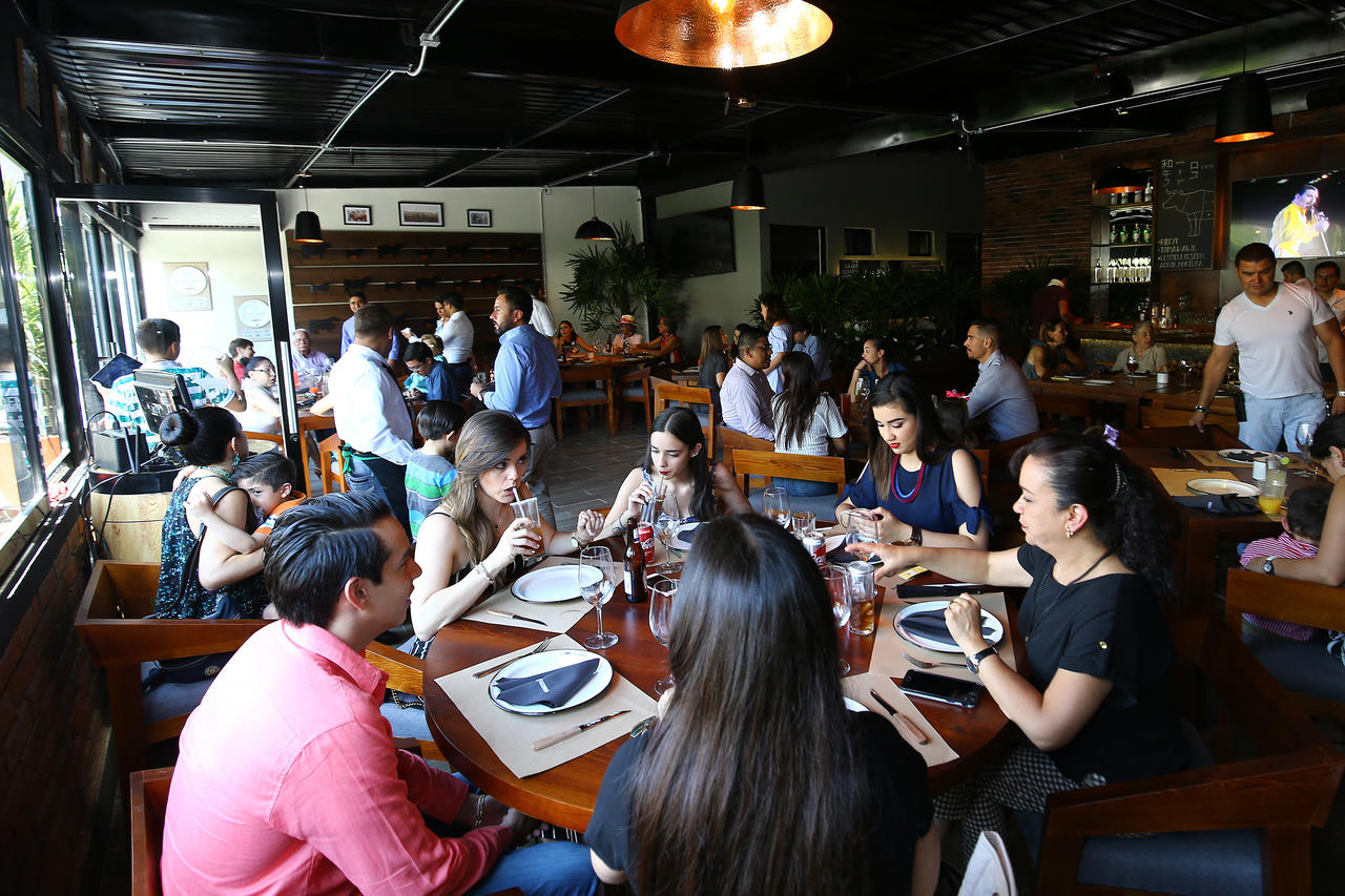 Por 'Día de las Madres' prevén aumento de 40% de afluencia en restaurantes