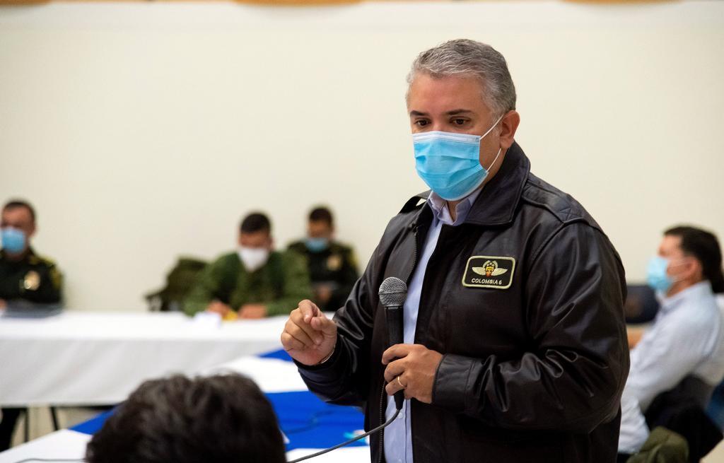 Ordena presidente de Colombia desplegar a fuerza pública para desbloquear vías