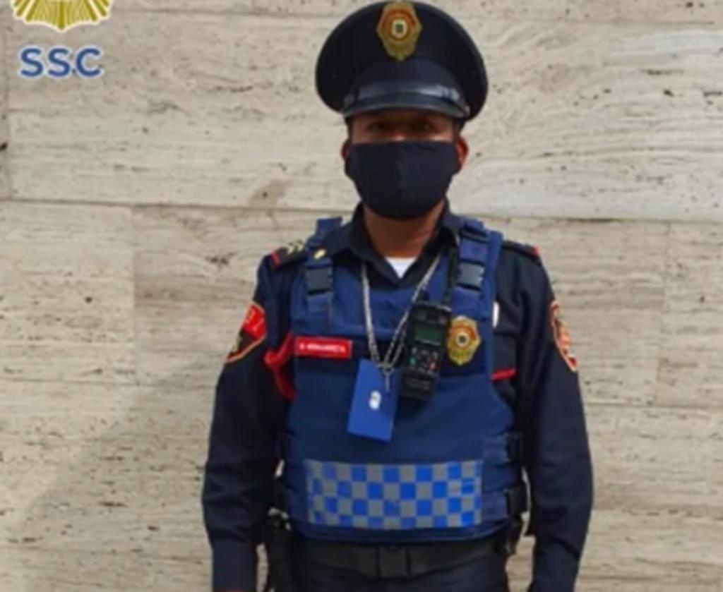 Policía de CDMX encuentra cheque por 40 mdp y lo devuelve a su dueño