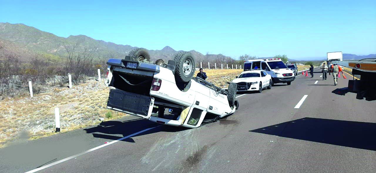 Accidente carretero en Cuencamé deja 2 personas lesionadas