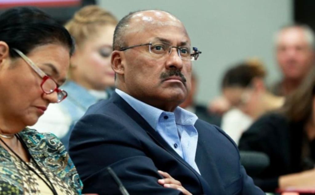 Reportan grave por COVID-19 a René Juárez Cisneros, líder del PRI en Cámara de Diputados