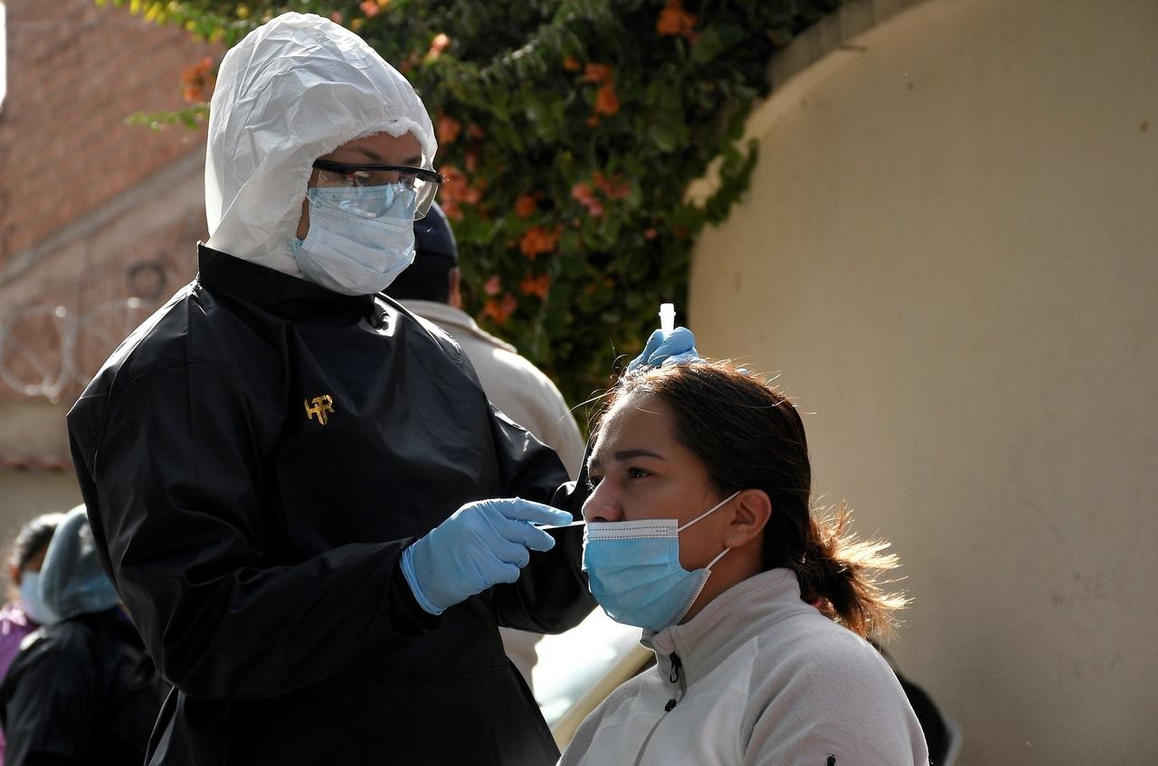 Anuncian más pruebas antiCovid en Bolivia