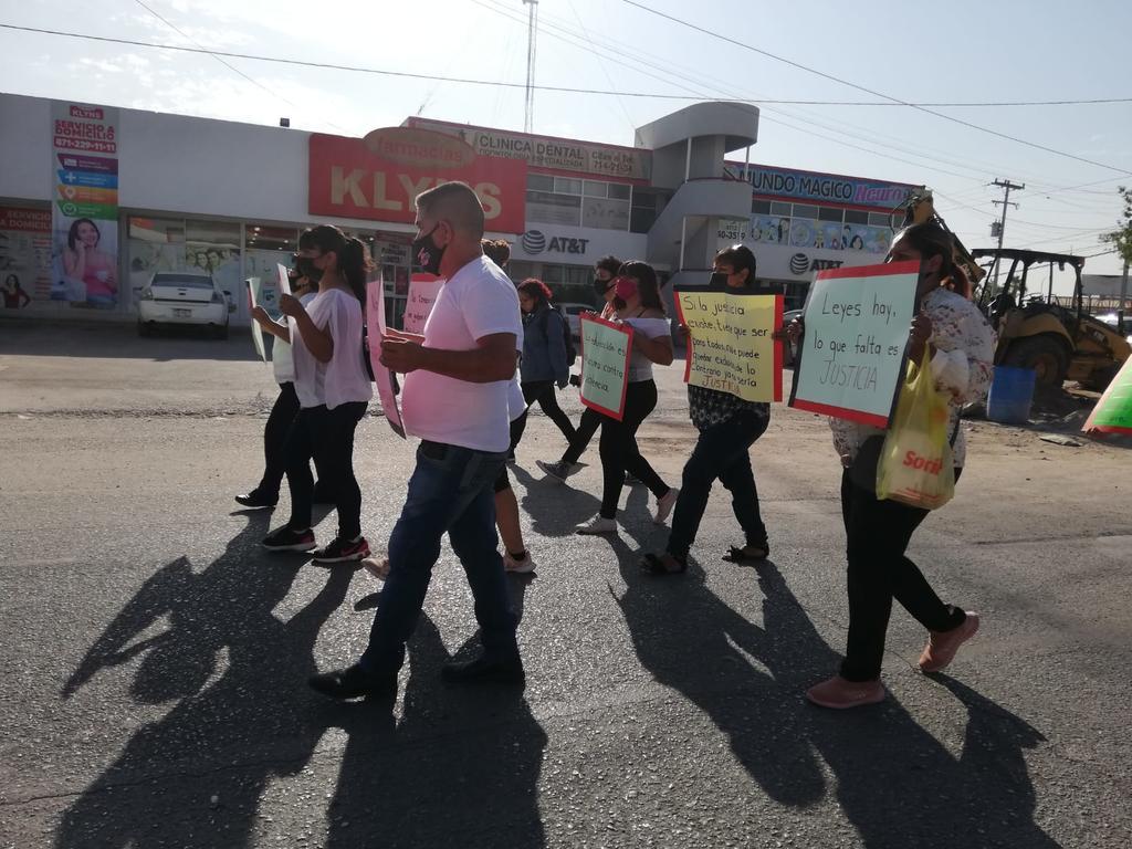 Con marcha en Gómez Palacio piden justicia para joven detenida por supuesto intento de homicidio