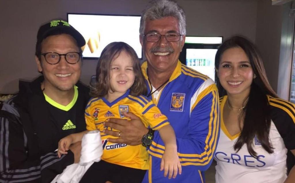 Rob Schneider invita a tomar tequila al 'Tuca' Ferretti tras su salida de Tigres