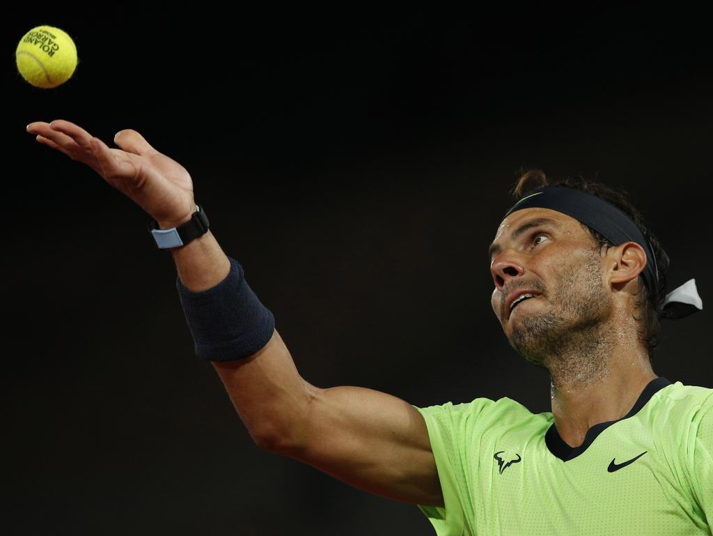Rafael Nadal se da un festejo bajo las estrellas ante Richard Gasquet