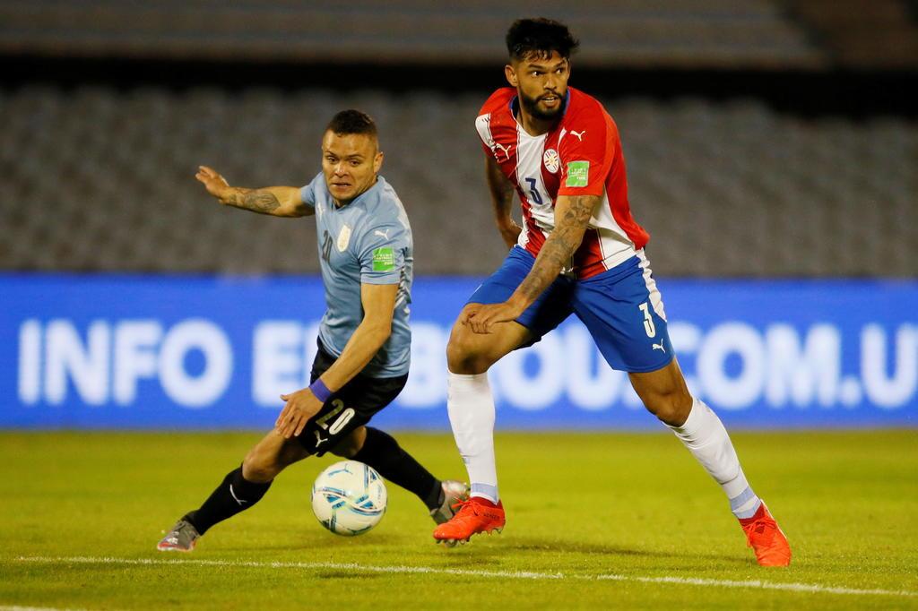 Uruguay no hace daño a Paraguay y cede 2 puntos más en el Centenario