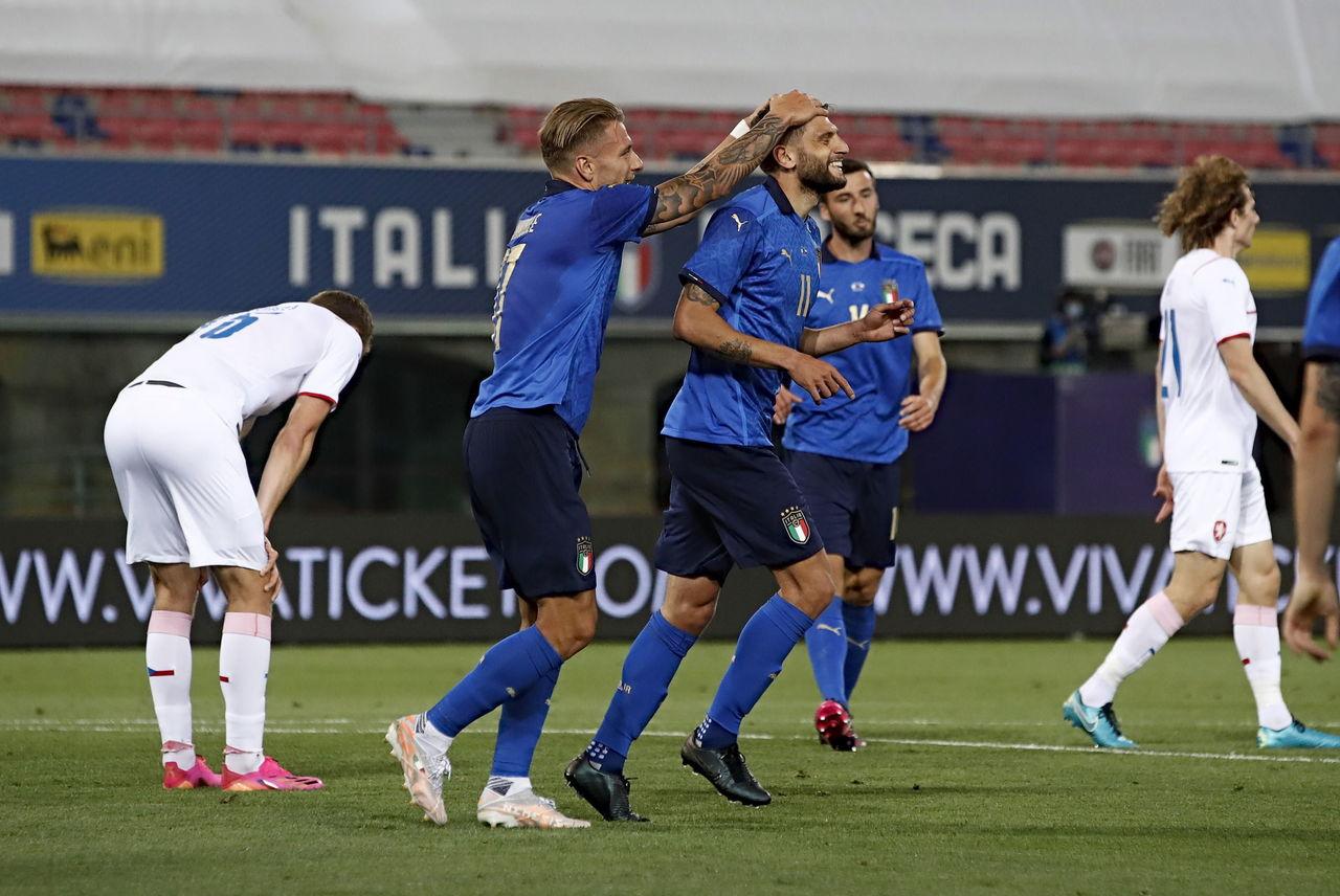 Italia golea a República Checa