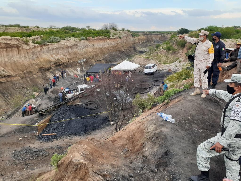 Autoridades de los 3 niveles de Gobierno trabajan en rescate de mineros de Múzquiz