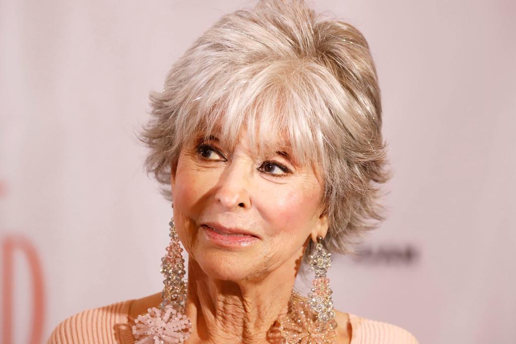La actriz Rita Moreno es nombrada hija adoptiva de San Juan