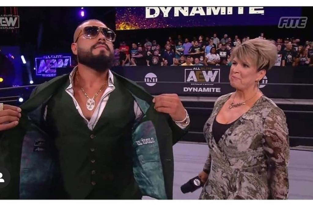 Vickie Guerrero anuncia la llegada de Andrade 'El Ídolo' a All Elite Wrestling