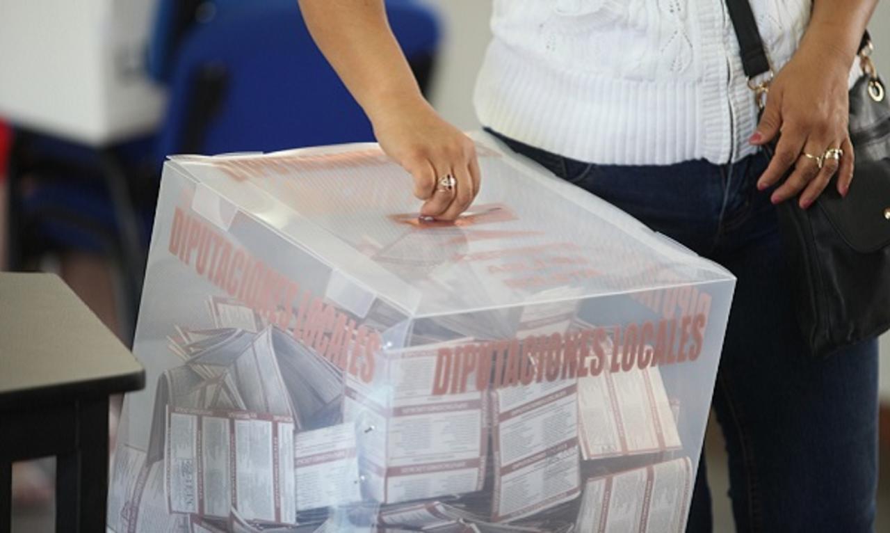 Las mujeres votan más en elecciones