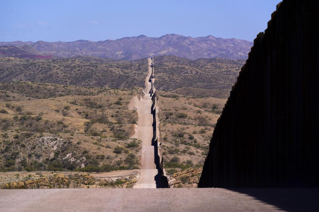 Baja en mayo número de niños que cruzan frontera hacia EUA