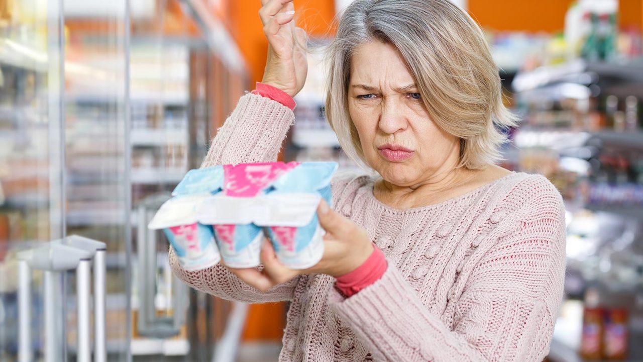 ¿Es seguro comer alimentos caducados?
