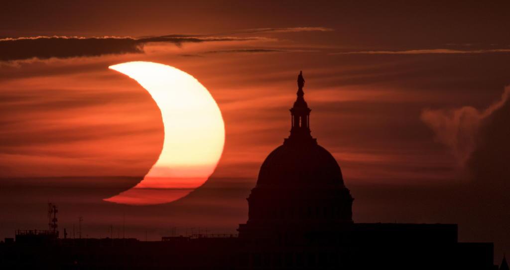 Así se ve el eclipse solar 'anillo de fuego' desde el Hemisferio Norte