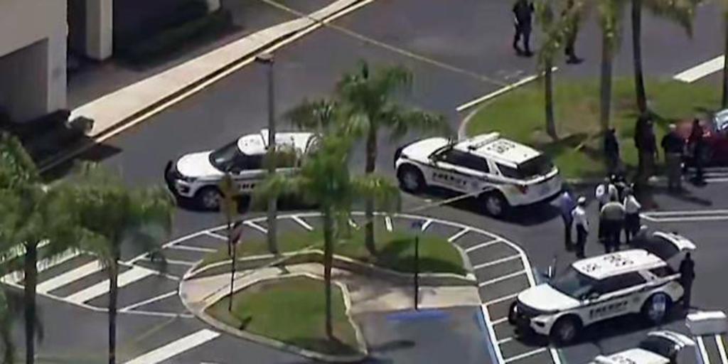 Tiroteo en supermercado de Florida deja tres muertos