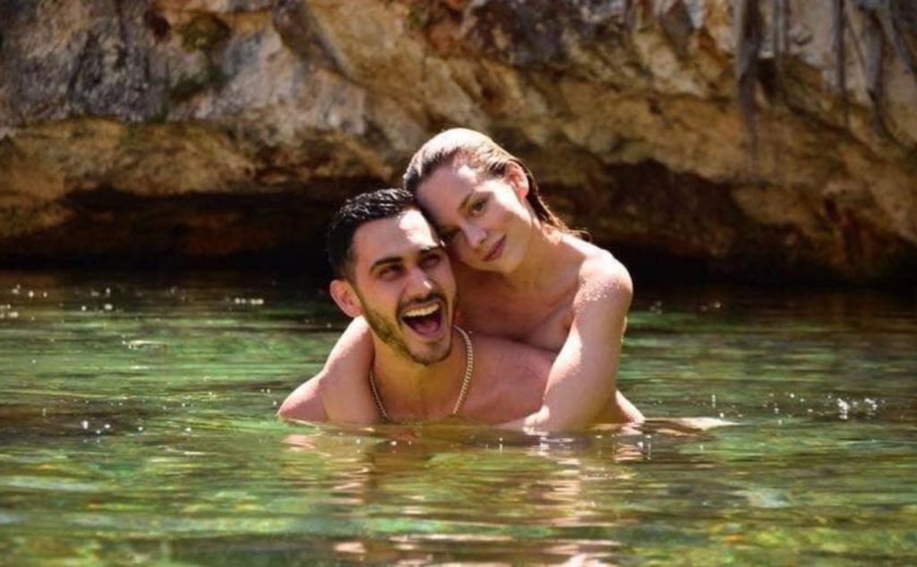 Eres una mujer ejemplar y maravillosa: Alejandro Speitzer a Ester Expósito