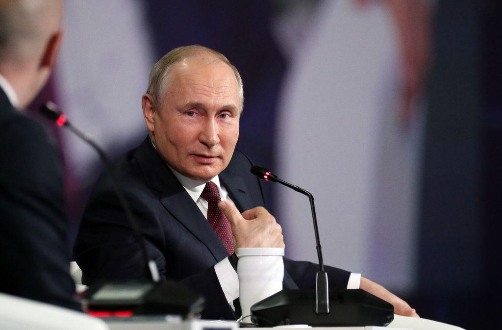 Kremlin se blinda ante comicios