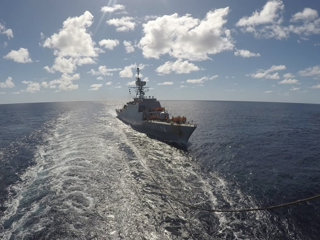 Irán envía navíos de guerra al Atlántico