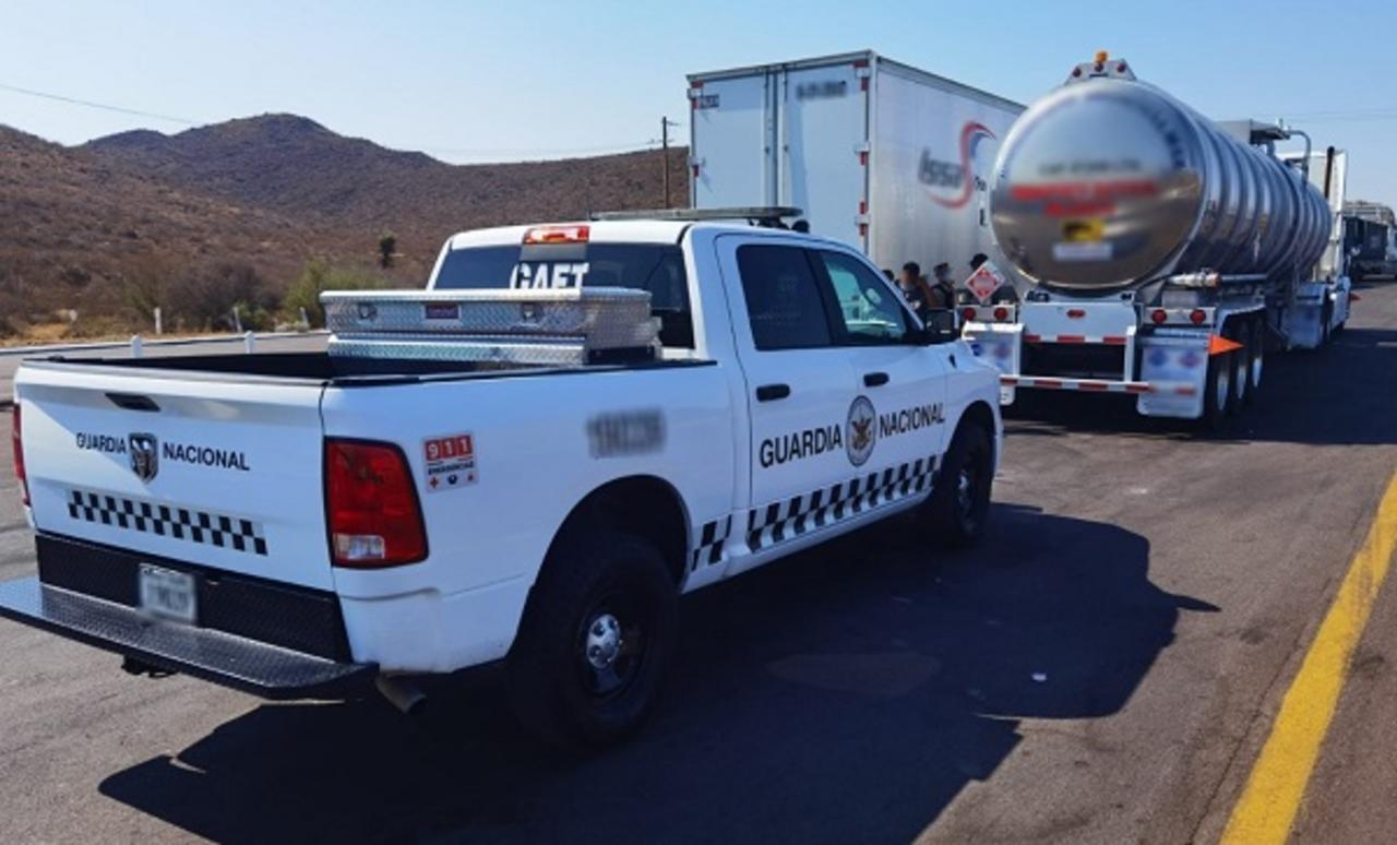 Aseguran 47 mil litros de diésel en carretera de Lerdo
