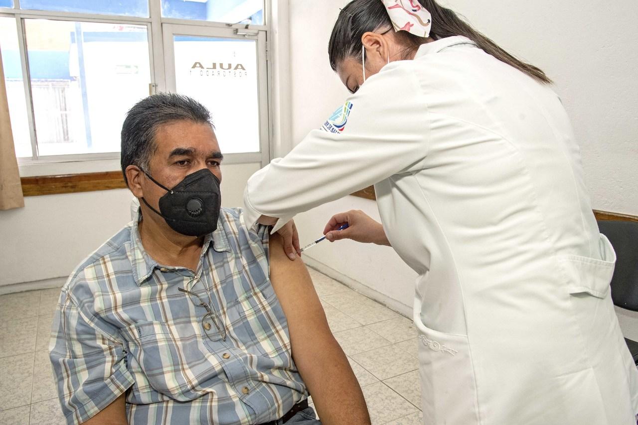 Inicia vacunación 40-49 en Pueblo Nuevo, San Luis del Cordero, Rodeo y localidades de Durango