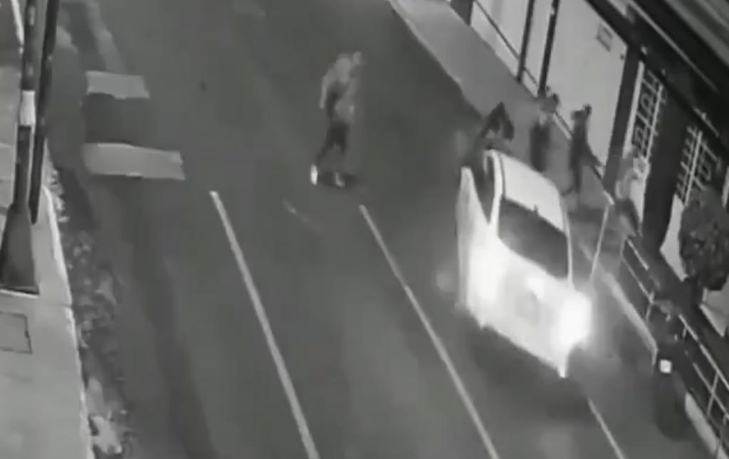 Hombre arrolla a dos mujeres tras discutir con ellas en una fiesta en CDMX