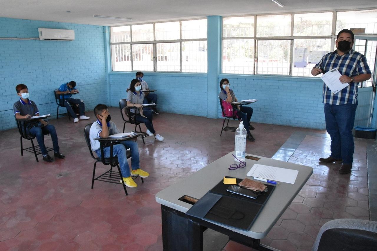 En Durango, 40 escuelas más regresan a clases este lunes