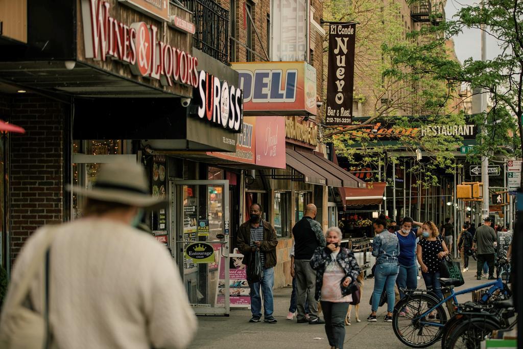 Nueva York, entre fuegos artificiales de reapertura y sombras de crisis